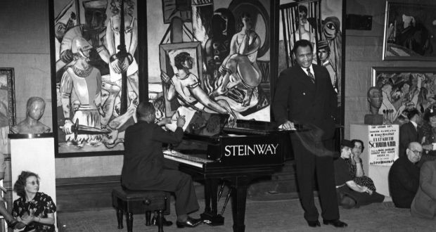 Koncert Paula Robesona na wystawie / Paul Robeson concert at the exhibition 20th Century German Art, 1938